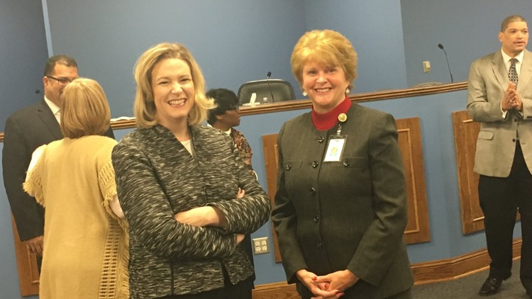 Dayton school board approves new superintendent, raise