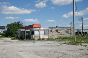 An abandoned diner on US 52