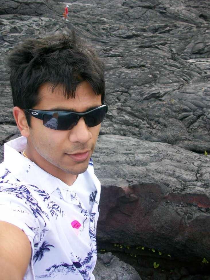 Hawaii Vacation - Rishi Black Sand 2