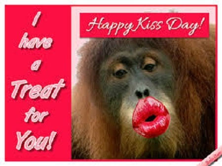 Top Funny Kiss Day 2021 Memes Jokes Pics