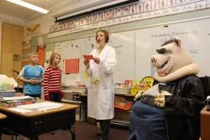 アメリカでは幼稚園からプレゼンの特訓をうけている