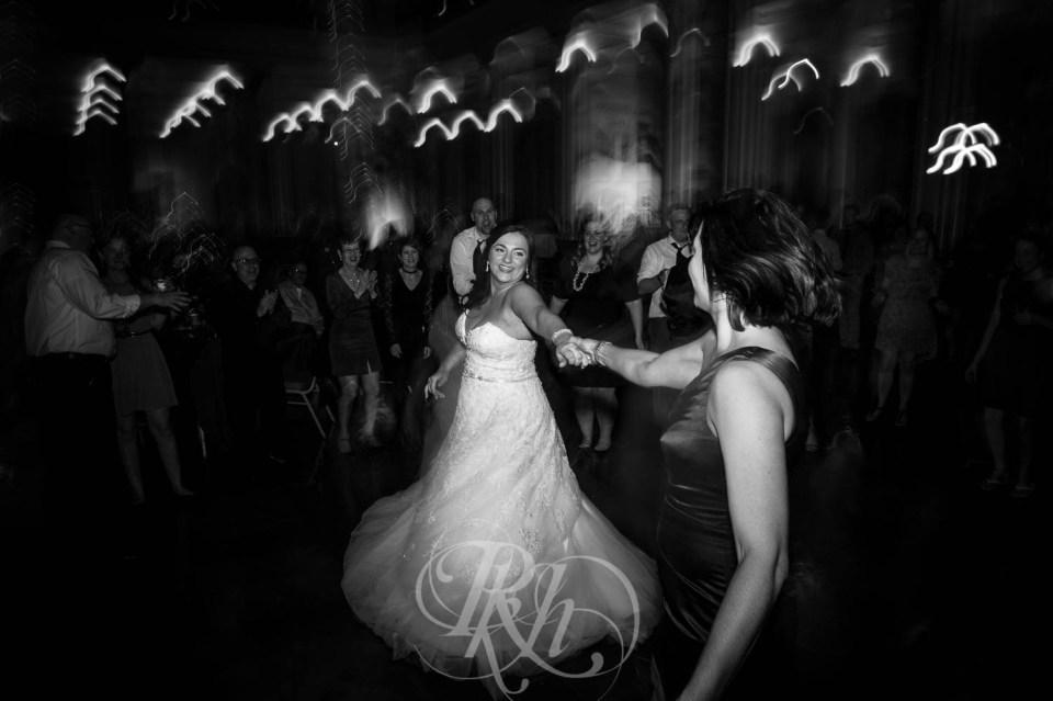 Long exposure wedding photography