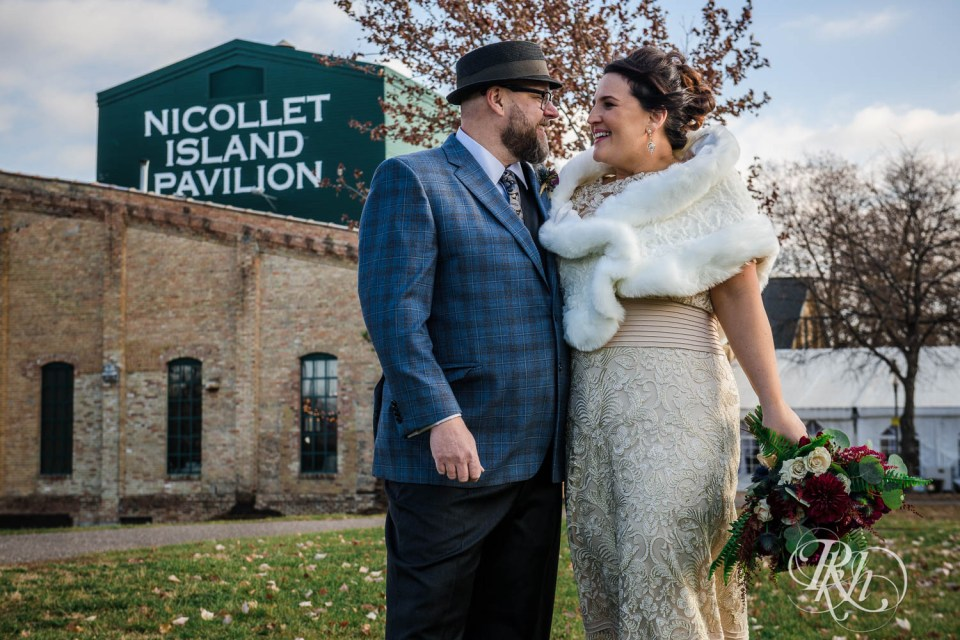 Nicollet Island wedding photography