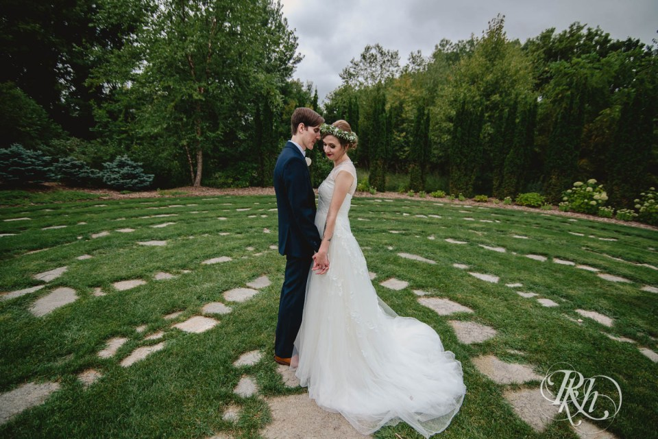Bride and groom in Plymouth Creek Center