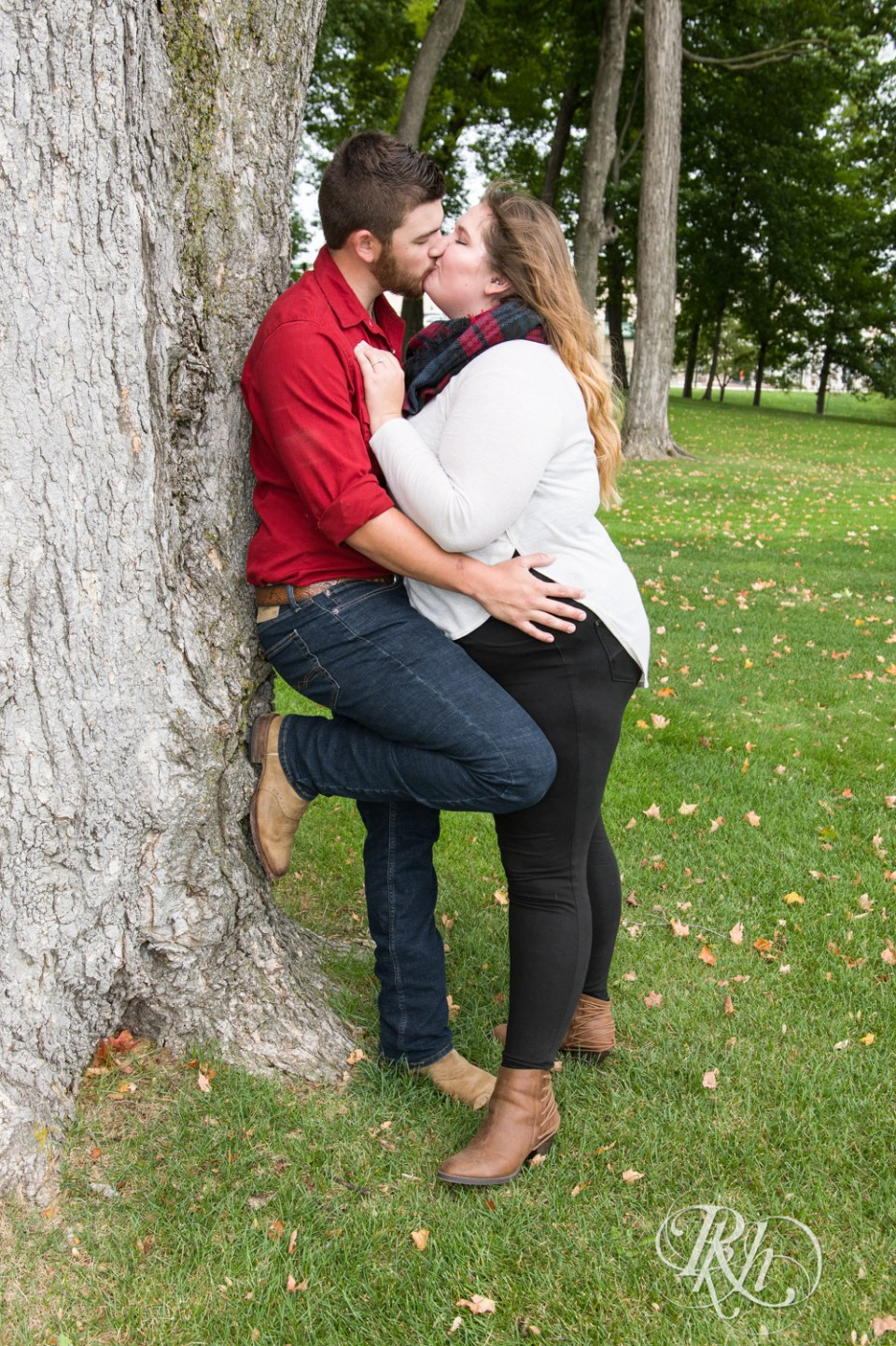 Plymouth engagement photography couple kissing