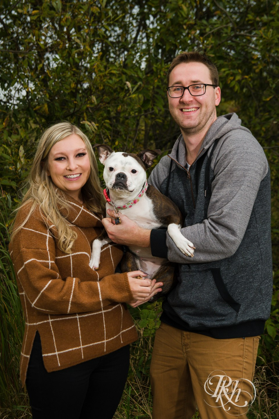 fall engagement photography bulldog puppy