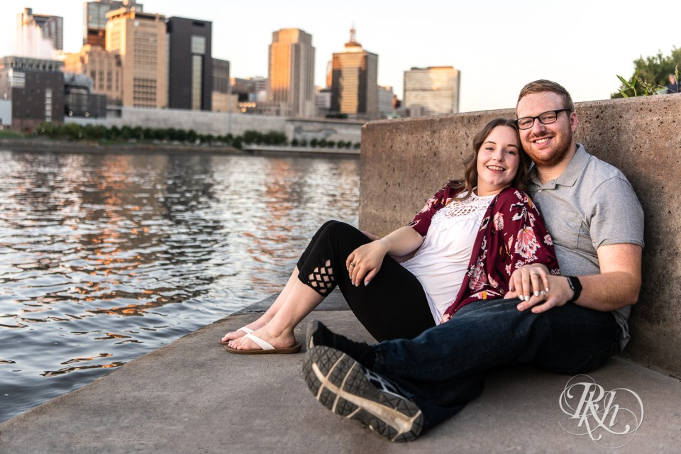 golden hour engagement photography