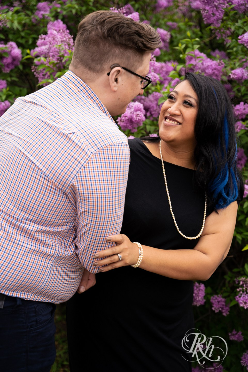 nicollet island engagement photography lilacs