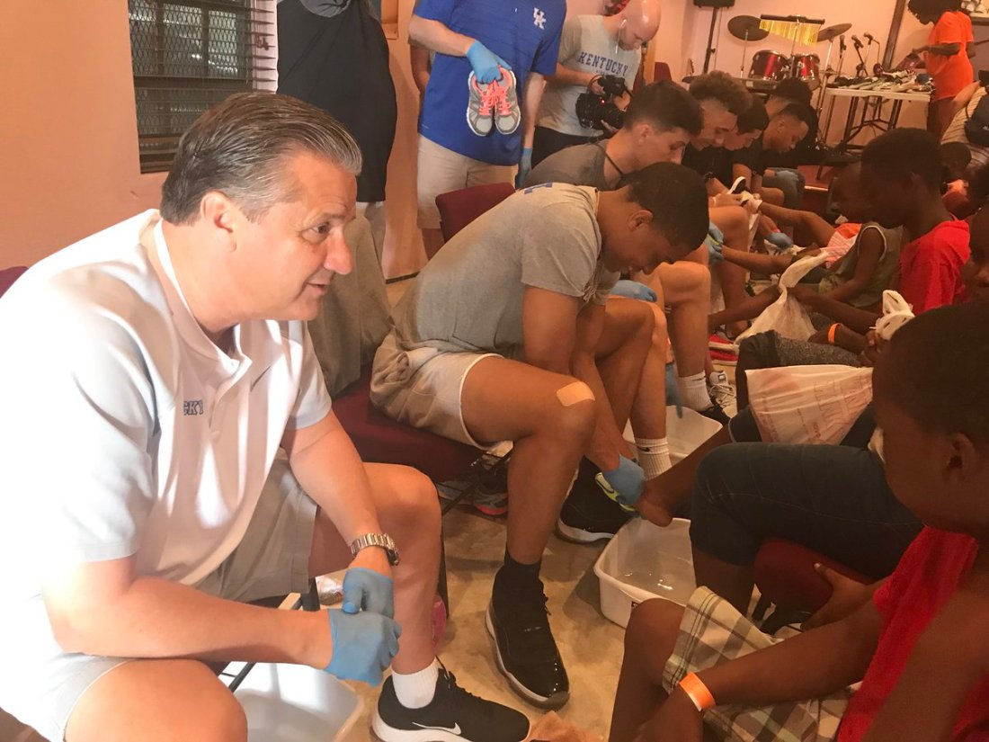 2018 Wildcats Washing Children's Feet