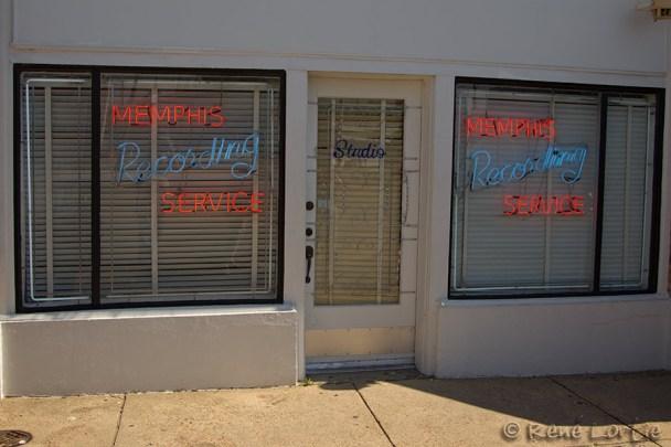 _D4L1575-20120326-Memphis-Sun