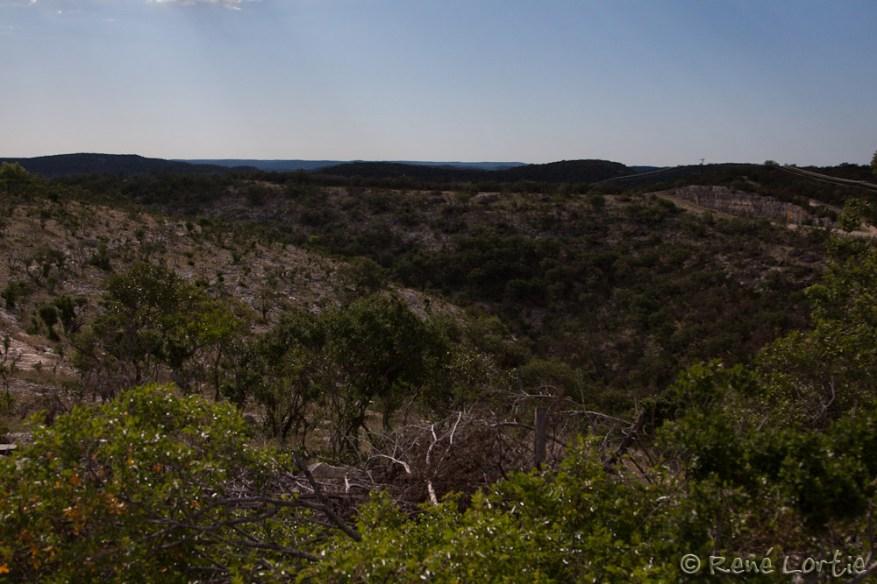 Vue de la belle route panoramique entre Concan et l'Interstate 10