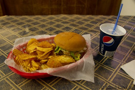 Mon hamburger et ses chips maison