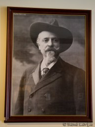 Portrait de Buffalo Bill Cody à l'intérieur du Sheridan Inn