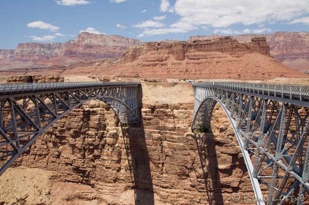 Le pont Navajo sur la 89A; à gauche les véhicules, à droite les piétons. Construit dans les années 20'.