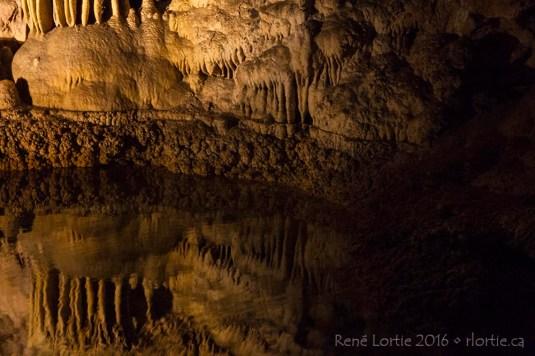 "Le ""Mirror Lake"""