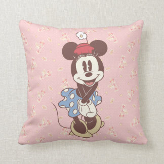 Classic Minnie Mouse 7 Pillows