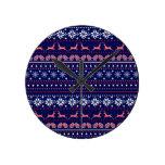 Cozy christmas pattern round clocks