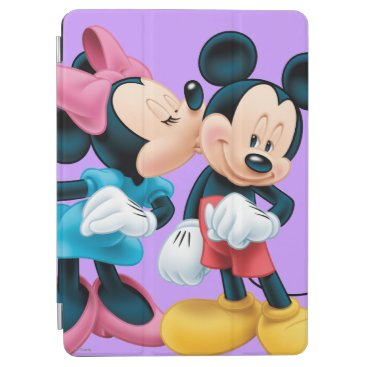 Mickey & Minnie | Kiss on Cheek iPad Air Cover