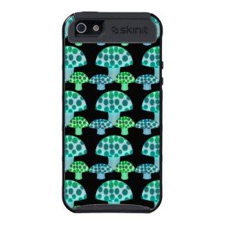 Mushroom : Skinit Cargo iPhone 5 Case