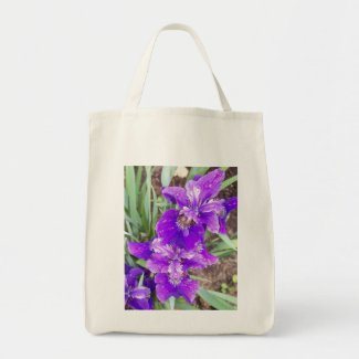 Purple Iris with Water Droplets Bag bag
