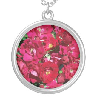 Red Rose Bush Necklace necklace