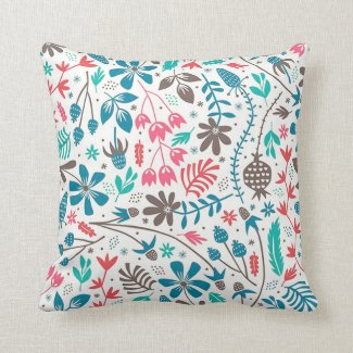 Retro Floral Pattern Throw Pillow