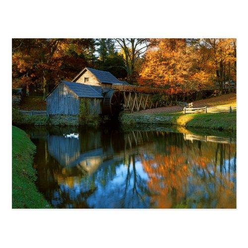 USA, Virginia, Blue Ridge Parkway, Mabry Mill Postcard