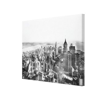 Vintage Lower Manhattan Skyscraper Photo (1913) Canvas Print