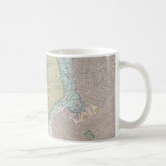 Vintage Map of New York City (1901) Mugs
