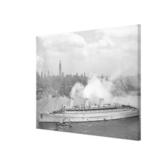 Vintage New York Harbour and Queen Mary Photograph Canvas Print