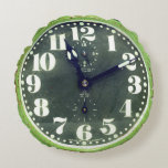 Vintage Rustic Shabby Green Clock Old Retro Time Round Pillow