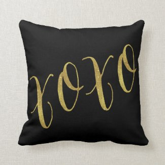 XOXO Quote Faux Gold Foil Glitter Background