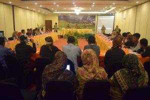 Forum Sekolah Lapang Pengembangan Usaha Hutan Adat (Dokumentasi RMI 2017)