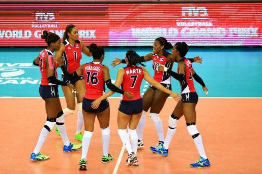Las atletas de la Selección Nacional de Voleibol celebran uno de los triunfos internacionales.