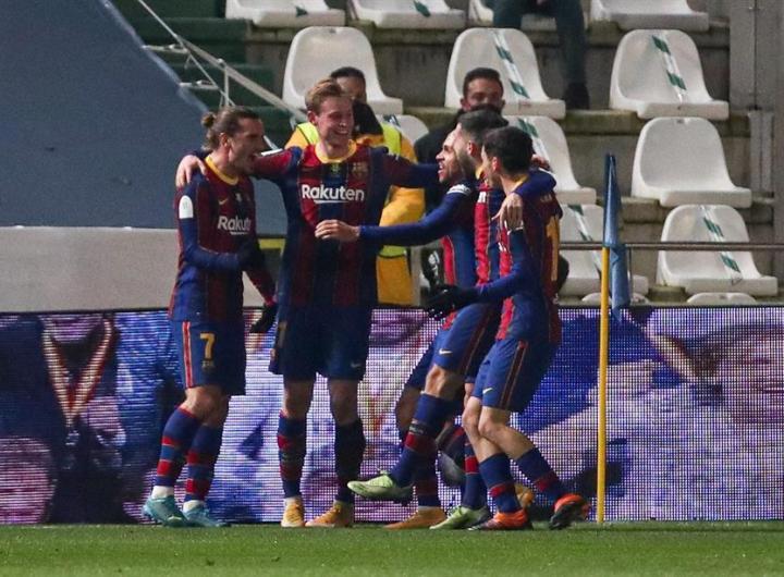 Jugadores del Barcelona. (Foto de EFE / Rafa Alcaide) ARCHIVO