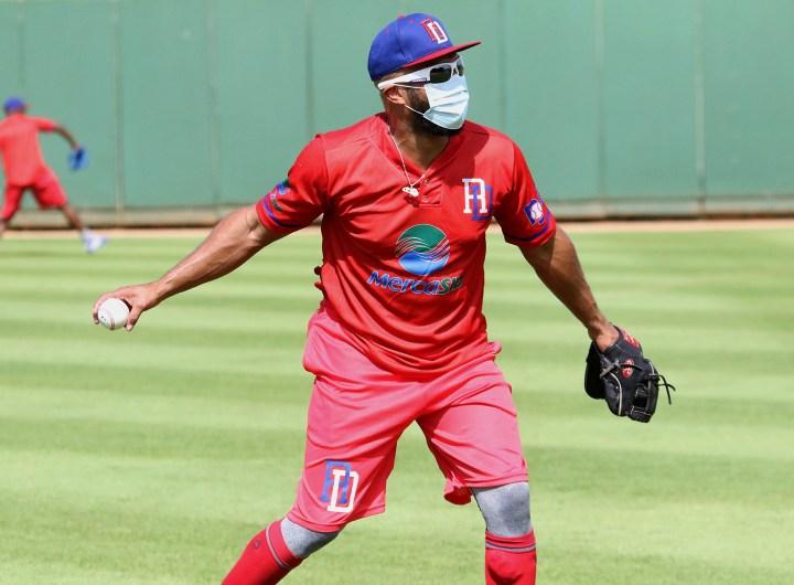 Emilio Bonifacio durante las prácticas de la pre-selección de beisbol. (Foto: Fuente Externa)