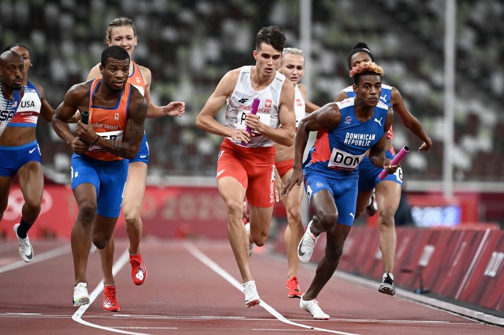 El dominicano Alexander Ogando Bautista cerró la carrera en un final de película. . (Foto: Jewel SAMAD / AFP)