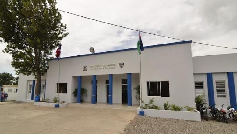 Policía-de-Monte-Plata. (1)