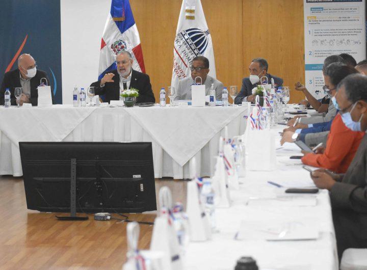 MIGUEL CEARA HATTON - Encuentro con directores de y lideres de opinion - 13