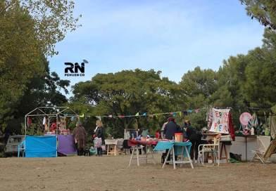 Sábado de Feria y entrega de semillas en la Plaza Carrasco.