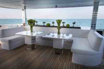 Majesty 140 Aft Seating Area