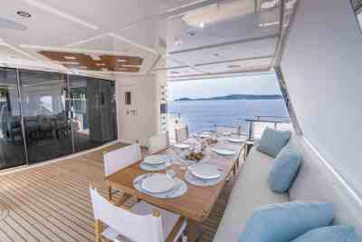 Majesty 120 Aft Seating Area