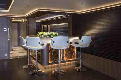 Majesty 140 Cigar Lounge Bar