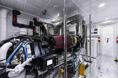 Majesty 90 Engine Room