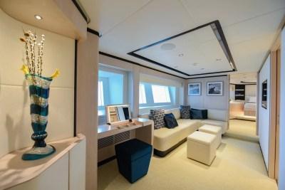 Majesty 120 Lower Deck Lobby