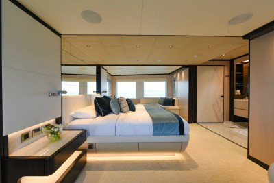 Majesty 120 Owners Stateroom