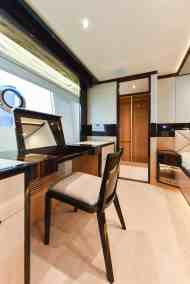 Majesty 90 Owners Vanity