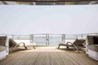 Majesty 155 Sun Deck