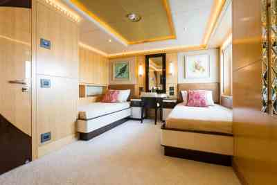 Majesty 155 Twin Guest Stateroom