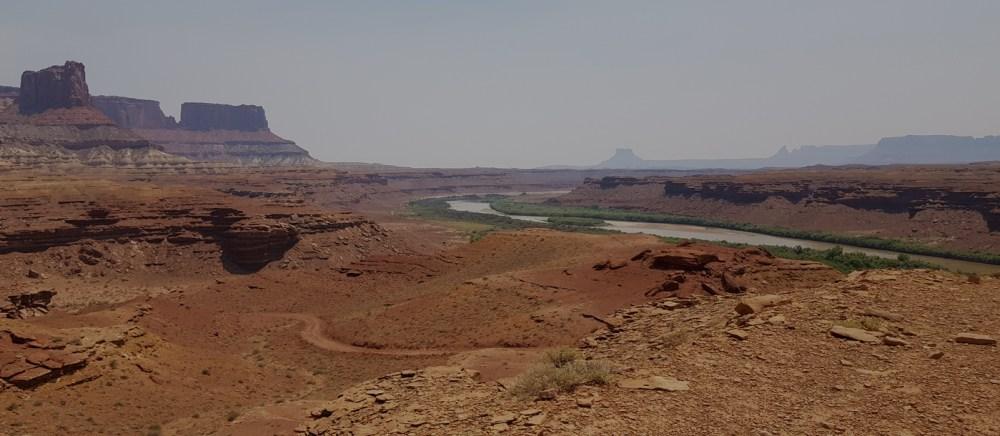 Blick auf den Green River und die White Rim Road